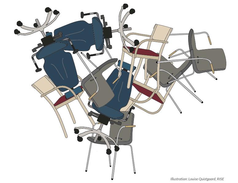 staplade stolar
